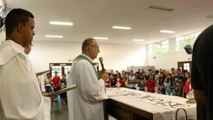 Celebração na Igreja Matriz do Guarujá.